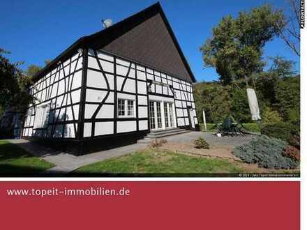 Ruhig und naturnah Wohnen mit Garten, Terrasse, Doppelgarage, Schuppen und Pferdekoppel