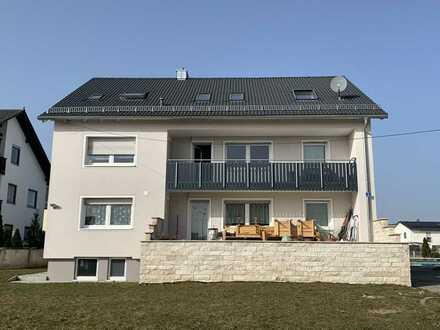 Helle 3-Zimmer-DG-Wohnung inkl. Pool in Stammham
