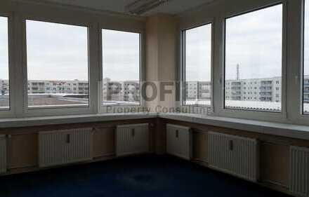 Gut geschnittene Büroräume in Berlin-Lichtenberg