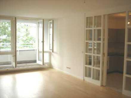 Gepflegte 2-Zimmer-Wohnung mit Balkon und EBK in Haidhausen, München