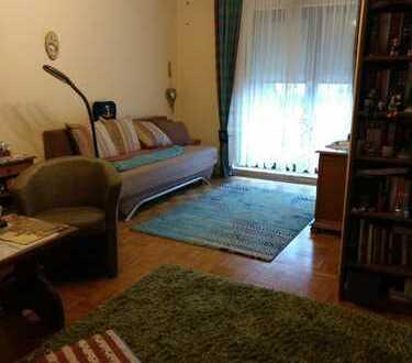 2-Zimmer-Wohnung mit Balkon und Einbauküche in Heidelberg,