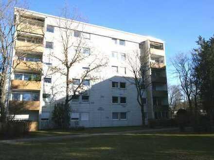 Germering/Unterpfaffenhofen: Schöne 4-Zimmer Familienwohnung für den sofortigen Einzug