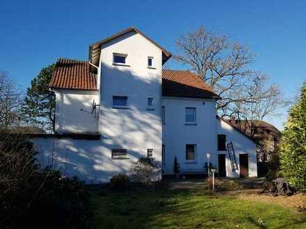 Modernisierte 3-Raum-Wohnung mit Einbauküche in Hemer-Landhausen