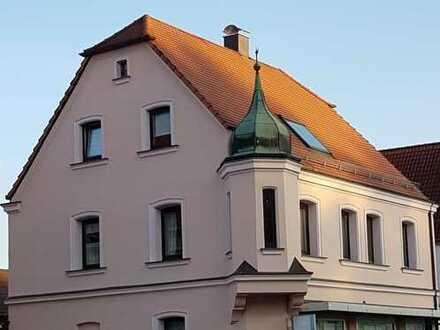 Kapitalanlage oder Eigenbezug ? Charmantes Wohnhaus mit Gewerbeeinheit ...