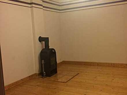 Alles auf einer Ebene - riesige 3 ZKB-Wohnung