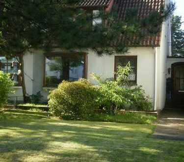 Doppelhaushälfte in Bremen-Horn, von Privat