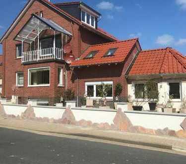 1.150 €, 150 m²+bewohnbarer Keller, 4 1/2 Zimmer