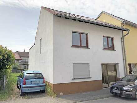 Kleines Haus in Kraichtal-Unteröwisheim!