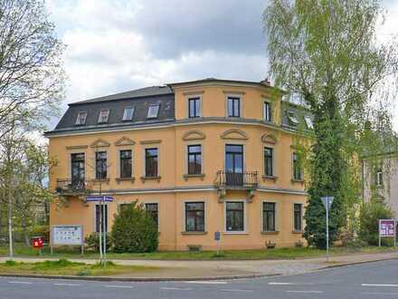 Blasewitz: Balkon + Dusche + Wohnküche
