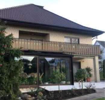 Wunderschöne, geräumige 4-Zimmer-Wohnung in guter und zentraler Lage