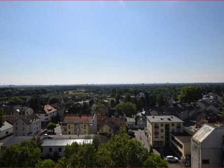 Helle, gepflegte 4-Zimmer-Wohnung mit Balkon in Sossenheim
