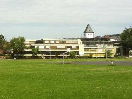 **Vielseitig nutzbare Büro/Praxis/Gewerbeflächen im Loftcharakter in Gelnhausen**