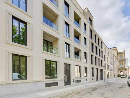 Petite chérie am Alten Markt in Potsdam: 2-Zimmer-Wohnung mit großzügigem Wohn-/Essbereich