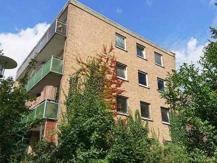 Century21: 1 Zimmerwohnung mit Balkon in der Nähe vom Klinikum