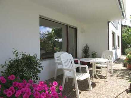Großzügige 2,5-Zimmer-EG-Wohnung mit gehobener Innenausstattung in Weissach