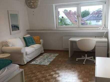 880 €, 38 m², 1 Zimmer