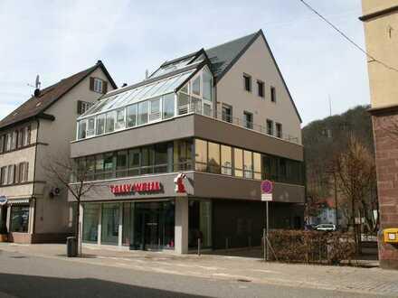 Marktstraße, Nagold: Exklusive 4 Zimmer-Wohnung zu vermieten