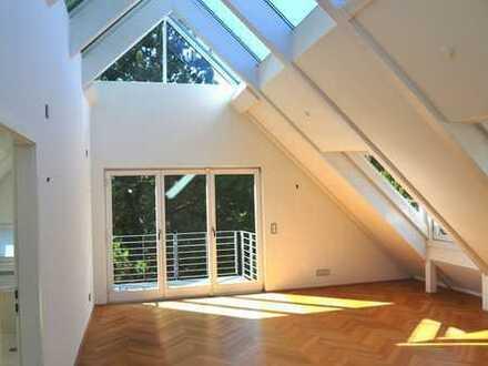 Luxuriöse, sehr helle 4.5 Zimmer Maisonette-Dachterrassen Wohnung in München - Obermenzing