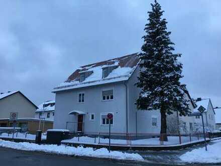 4 Zimmer-Whg. (85qm) mit Balkon, Garage und Gartennutzung in München