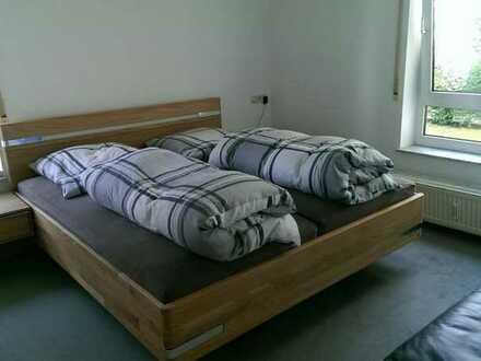 Ruhige, gut geschnittene 2,5-Zimmer-Wohnung mit Loggia in S-Riedenberg