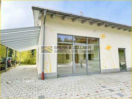 Großzügige und moderne Ladenfläche mit Galerie am Bahnhof Dorfen!