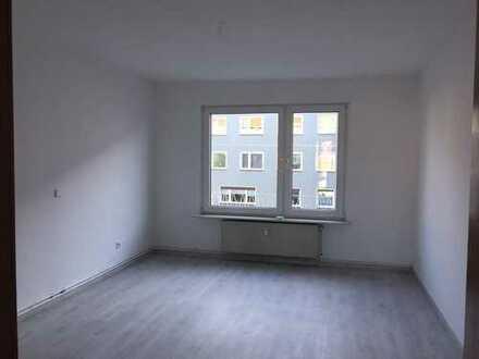 Freundliche, vollständig renovierte 2-Zimmer-Wohnung in Wuppertal