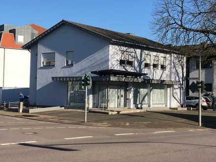 Geschäftshaus, z.Zt. vermietet, in bester zentraler Lage SLS- City, auch interessante Kapitalanlage