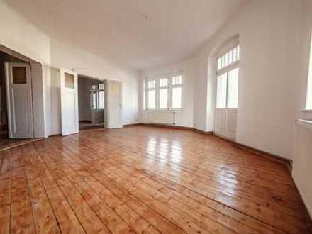 Sehr schöne 3-Raum-Wohnung mit Einbauküche und kleinem Balkon!
