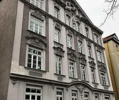 Großzügige 3 1/2 - ZKB mit Balkon und EBK in saniertem Jugendstil