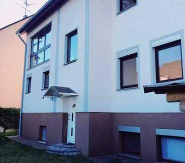 3-4 Familienhaus in Dreieichenhain, Mehrgenerationenhaus, wir sagen Traumhaus