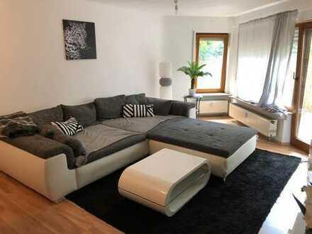 Schöne 2,5-Zimmer-Wohnung mit großer Terrasse
