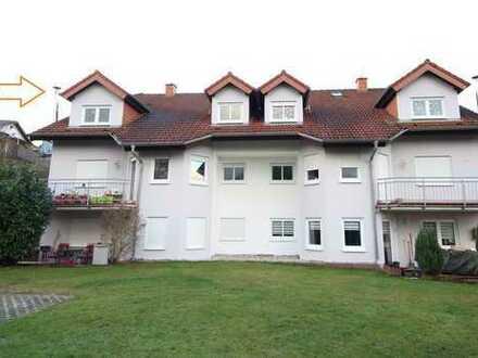 Wohnen in kleiner Wohneinheit - 3-Zimmer-Wohnung mit Balkon und 2 PKW-Stellplätzen