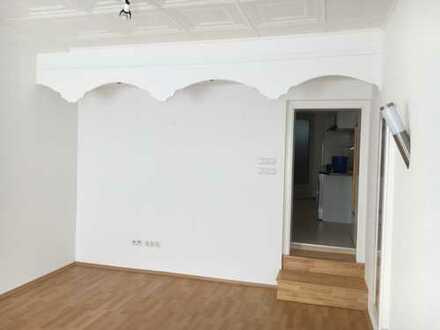 Vollständig renovierte 1,5-Zimmer-EG-Wohnung mit EBK in Bayreuth