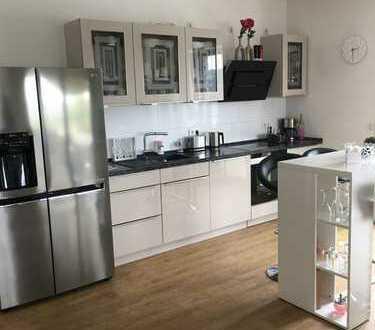 Stilvolle, geräumige 2-Zimmer-Penthousewohnung mit EBK in Hemer