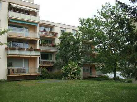 3-Zi.-Wohnung auf der Hambacher Höhe mit großem Balkon