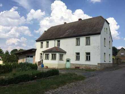 Seltene Gelegenheit: Herrenhaus in Delitz am Berge mit riesigem Grundstück