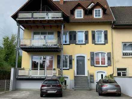 Helle Maisonette-Wohnung mit EBK und überdachter Terasse in Hochspeyer