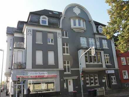 """Schicke Altbau-Wohnung im beliebten Stadtteil """"Dreikönigenviertel"""""""