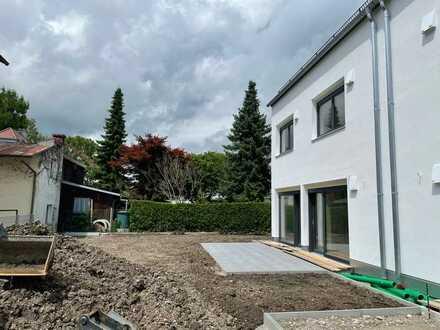 Erstbezug: schöne 5-Zimmer-Doppelhaushälfte mit gehobener Innenausstattung in Maisach, Maisach