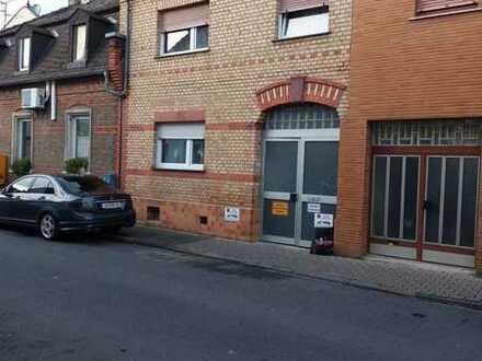Attraktives und saniertes 4-Zimmer-Reihenhaus mit Garagen zum Kauf in Kostheim, Mainz-Kostheim