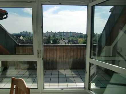 Großzügige 4-Zimmer-Maisonette-Wohnung mit Burgblick in Nürnberg Thon