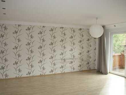 120 m² Wohnung mit Balkon im 2. OG