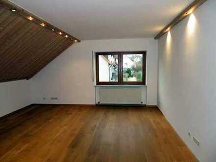 HOCHWERTIGE MIETWOHNUNG IN GUTER LAGE ZWISCHEN AMBERG UND KÜMMERSBRUCK 6,5 Zimmer MIT 180m² WFL