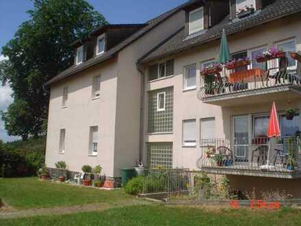 Willkommen im Grünen! Große 3-Raum-Wohnung