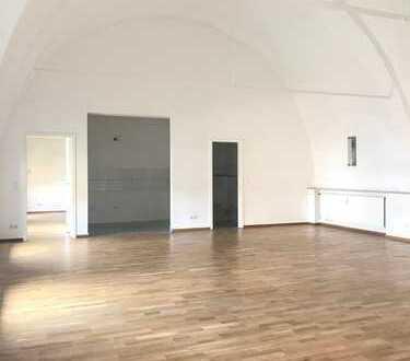 Exklusive 110 m² Wohnung im ehemaligen Johanneskloster