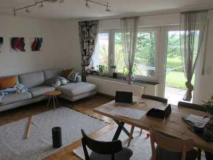 Modernisierte 2-Zimmer-EG-Wohnung mit Terrasse und EBK in Achberg