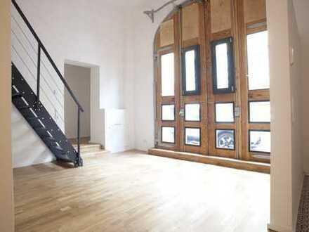 Wohnen und Arbeiten im Loft! Ehemalige Buswerkstatt frisch saniert - Wohnung 1 & 2