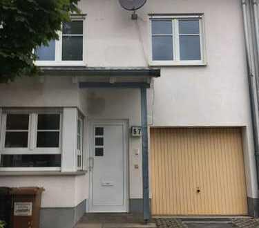Schönes Haus mit fünf Zimmern in Neustadt an der Weinstraße