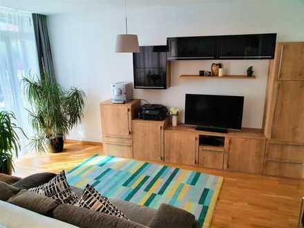 möblierte helle 2-Zi-EG-Wohnung mit Balkon in Nürnberg