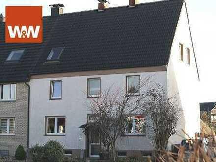 Gepflegtes Zweifamilienhaus mit großem Grundstück!